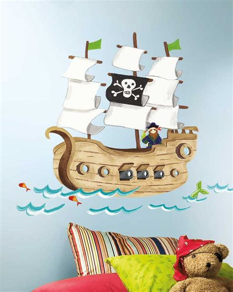 wandtattoo kinderzimmer piratenschiff roommates wandsticker piratenschiff kinderzimmer