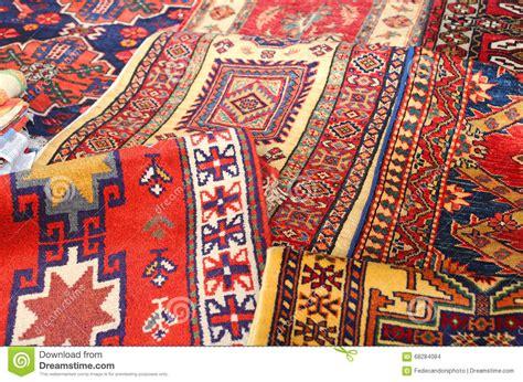 tappeti fatti a mano tappeti in fatti a mano idee per il design della casa