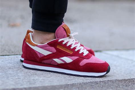 classic red reebok classic leather light red sbd
