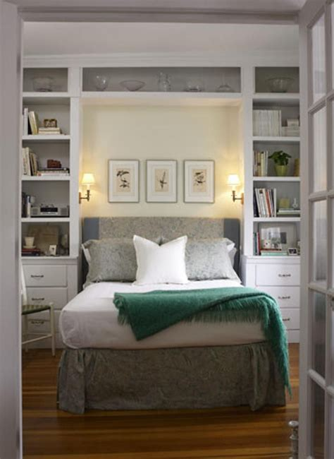 how to make space in a small bedroom 10 tips to make a small bedroom look great compact