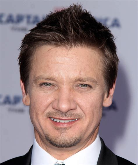 renner hairstyle jeremy renner short straight casual hairstyle dark