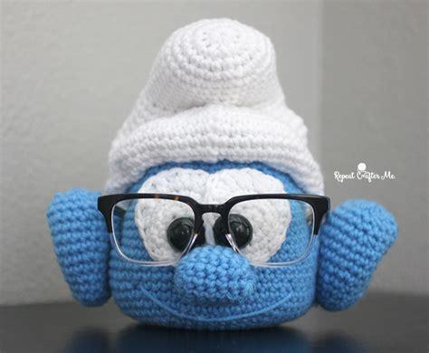pattern for eyeglass holder crochet brainy smurf glasses holder repeat crafter me
