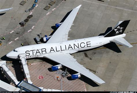 united airline sign in boeing 747 422 star alliance united airlines