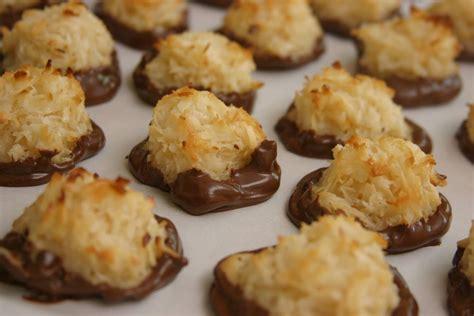 coconut macaroons recipe dishmaps