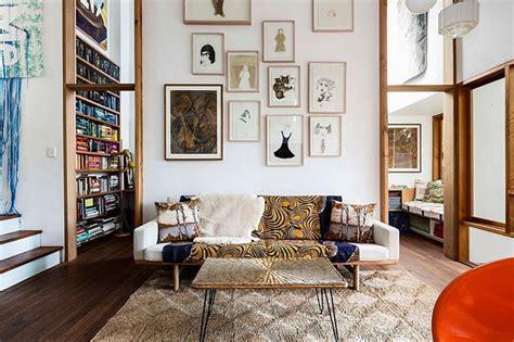 teppich domäne rasporedite umetnička dela na zidovima kao profesionalac
