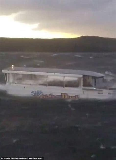 duck boat sinking video duck boat owners settle first lawsuit in branson duck boat