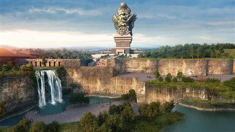 Kencana Baru the mega statue of garuda overlap liberty