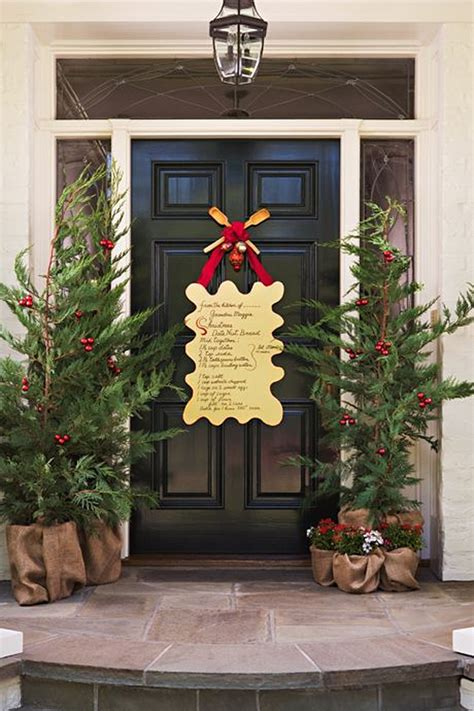 christmas door decorating ideas nimvo interior design 37 beautiful christmas front door decor ideas interior god