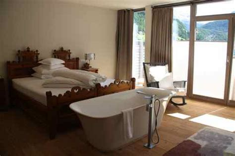 hotels with bathtub in bedroom austria spa ing it up in s 246 lden this international life