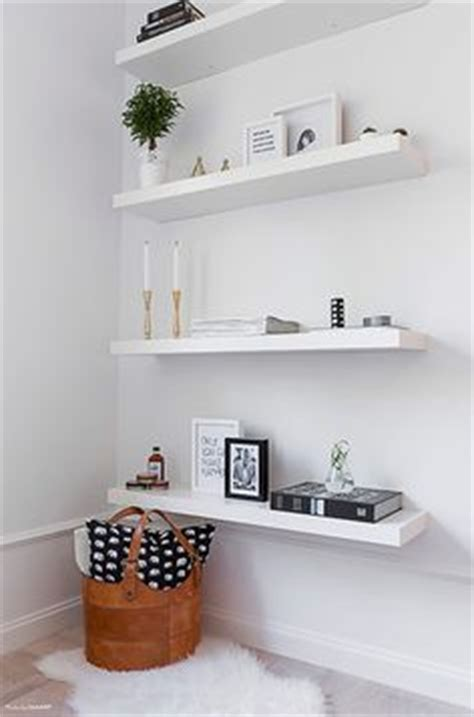 Simple White Shelves 1000 Ideas About White Floating Shelves On