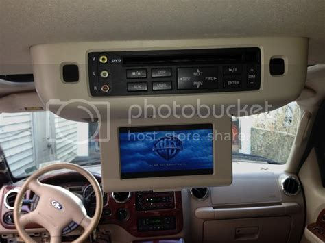 flip  dvd player  tanbeige ford expedition