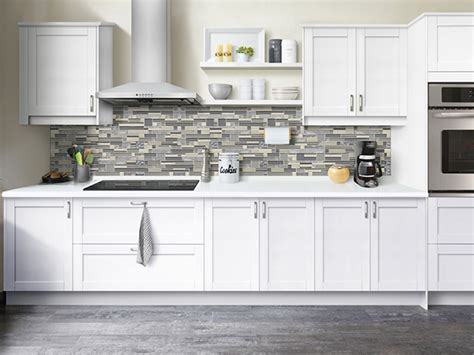 STRÖMMA® SHAKER PAINTED WHITE ? KLËARV?E Cabinetry®