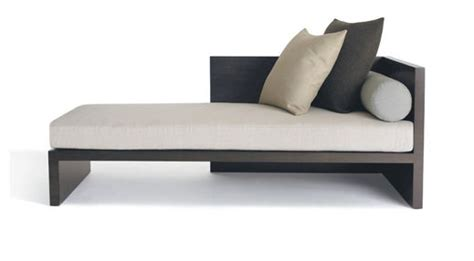 modern day bed explaiining modern day beds jitco furniture