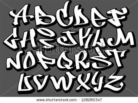 graffitie graffiti font alphabet