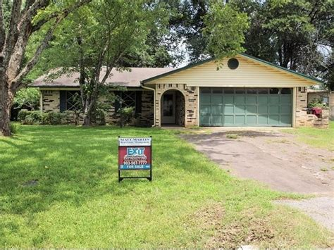 houses for sale in grand saline tx 1402 center st grand saline tx 75140 detailed property