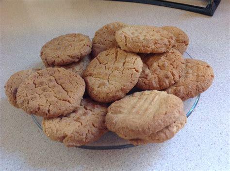 pinning on pinterest peanut butter fingers peanut butter cookies sweetsandbeyond pinterest