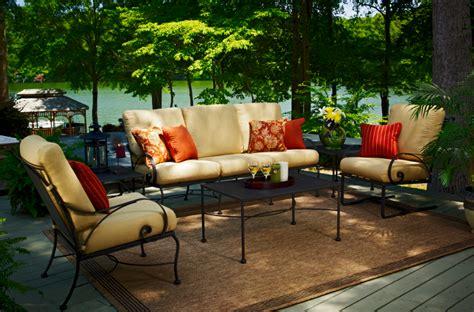 mobilier de jardin en salon de jardin en fer forge en promotion pas cher decoration jardin maroc