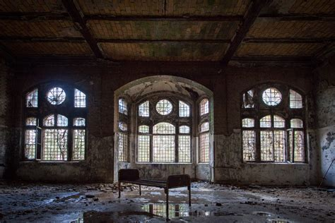 abandon buildings abandoned buildings captured in stunning urbex photography
