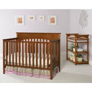 Graco Convertible Crib With Changing Table Graco Cribs 2 Nursery Set Convertible Crib And Changing Table In Cinnamon Free