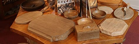 mouseman visitor centre hand crafted oak furniture  robert mousey thompson  kilburn