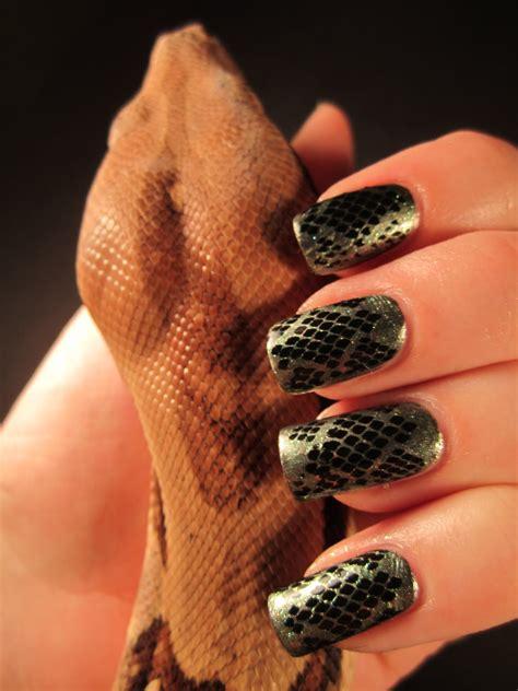 Snake Pattern Nails | jessica s nail art snake skin nail design
