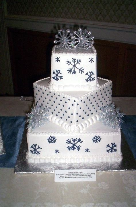 Winter Wedding Cakes by Winter Wedding Cake Ideas Weddingelation