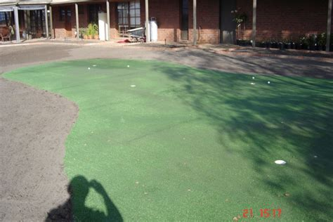 scapeworks synthetic putting green installation drouin