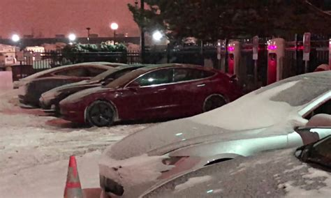 tesla toronto tesla model 3 with mfg plate spotted supercharging in