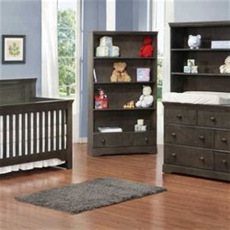 Hubbard Cribs by Hubbard S Cupboard 13 Photos Furniture Stores