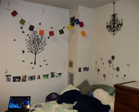 decorate my room things that only happen in hostels