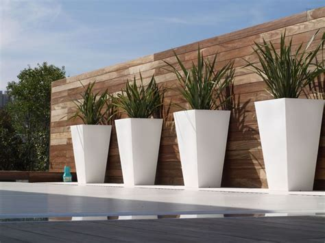 White Outdoor Plant Pots Large Modern Outdoor Planters Outside