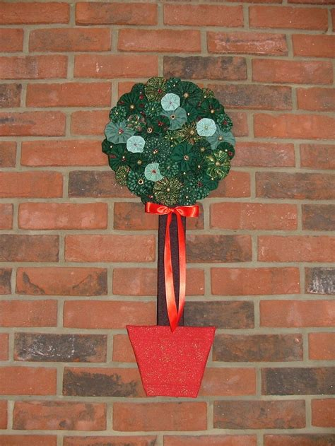christmas suffolk puff tree ideas that i would love to