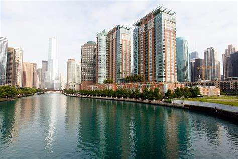 condos for sale in lincoln park chicago chicago condos for sale view chicago condo listings