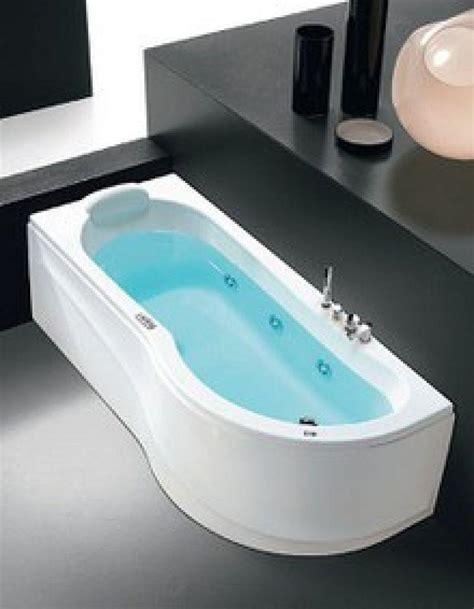 whirlpool vasca idromassaggio prezzo vasca idromassaggio rettangolare whirlpool