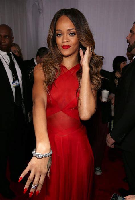Rihanna Red Azzedine Alaia Dress At 2013 Grammy Awards With Chris Brown   StyleFrizz