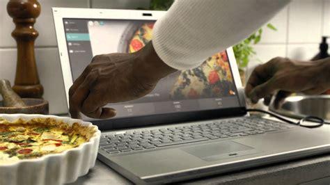 Layar Laptop Apple keren gadget ajaib ini bisa sulap layar laptop layar sentuh unik dan lucu