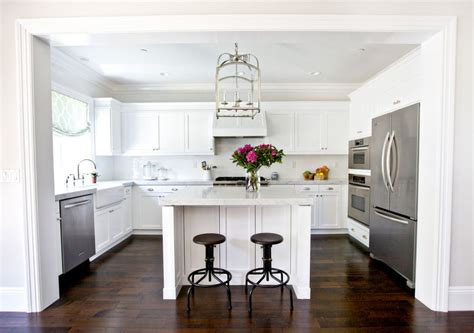 schmales küchen design mit insel k 252 chen u form mit insel dockarm