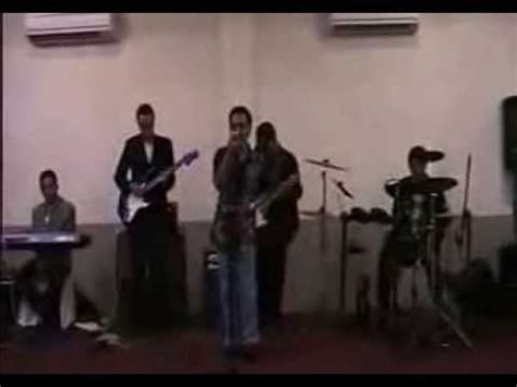 Kaos Musik Koes Plus bunga di tepi jalan song by koes plus cover version by