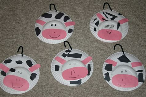 paper plate cow craft farm theme preschool crafts