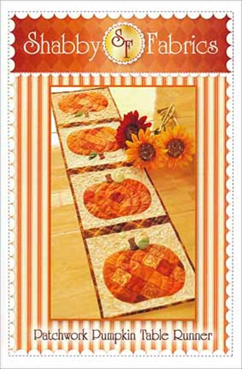 patchwork pumpkin table runner from connectingthreads com