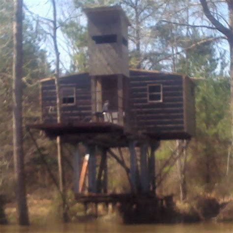 dog house blinds hunting these 8 homemade hunting blinds are serious accomplishments