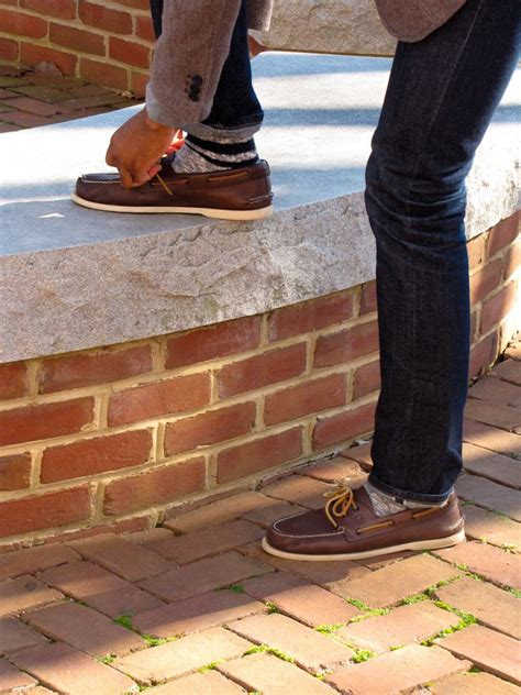 boat shoes with socks or without boat shoes with jeans malefashionadvice