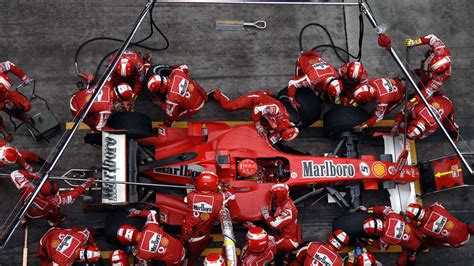 the mechanic the secret world of the f1 pitlane books hd wallpapers 2006 formula 1 grand prix of china f1