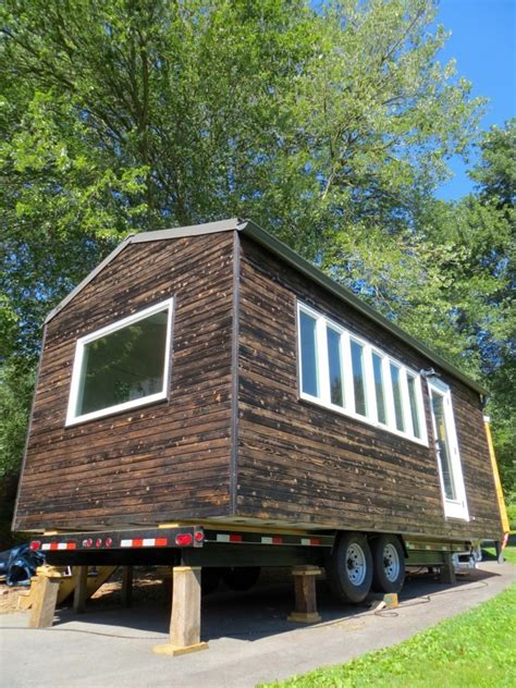 Minim Tiny House On Wheels Built By Brevard Tiny House Minim Tiny House