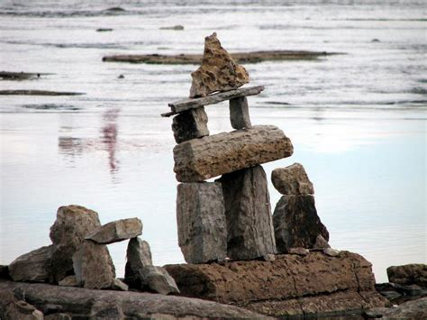 rock statues ottawa river rock sculptures ontario photos canada n5453