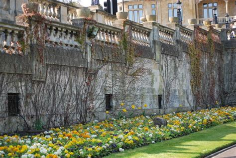bathtub pics pulteney bridge bath england picture of bath somerset tripadvisor