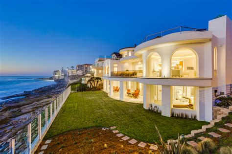 La Jolla Luxury Homes Daily Home La Jolla Oceanfront Mansion Up For 26 5 Mil