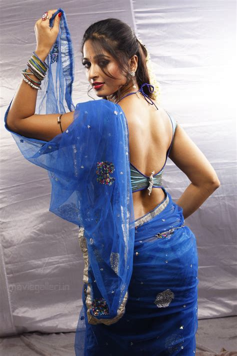 Anushka Hot Photos In Vaanam Anushka Hot Vaanam Stills New Movie Posters