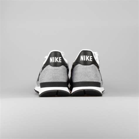 Sepatu Nike Internasionalist 01 Casual Sneaker Running 40 44 sale nike internationalist premium monotone canvas mens casual shoes white black white