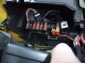 Ford fiesta 2011 fuse box diagram besides 2003 ford focus fuse box
